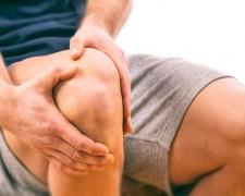 Почему появляется боль в колене сбоку с внутренней и внешней стороны