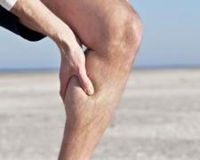 Судороги в ногах: причины