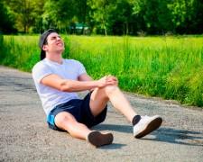 Причины боли в коленях после бега: норма или симптом серьезного заболевания