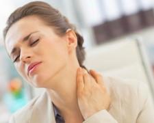 Каковы причины и последствия боли в шее с левой стороны — методы терапии