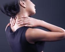 Основные причины боли в шее и плечах — как убрать неприятный симптом