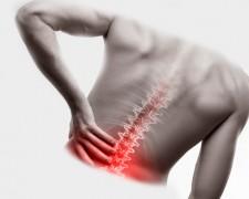 Почему может болеть спина — как избежать серьезных последствий со здоровьем