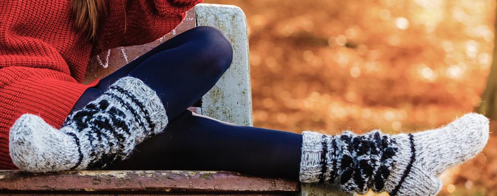 В конце следует надеть теплые носки