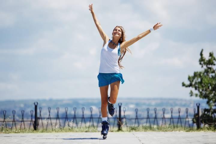 Если на спорт нет времени, хотя бы чаще делайте разминку и зарядку