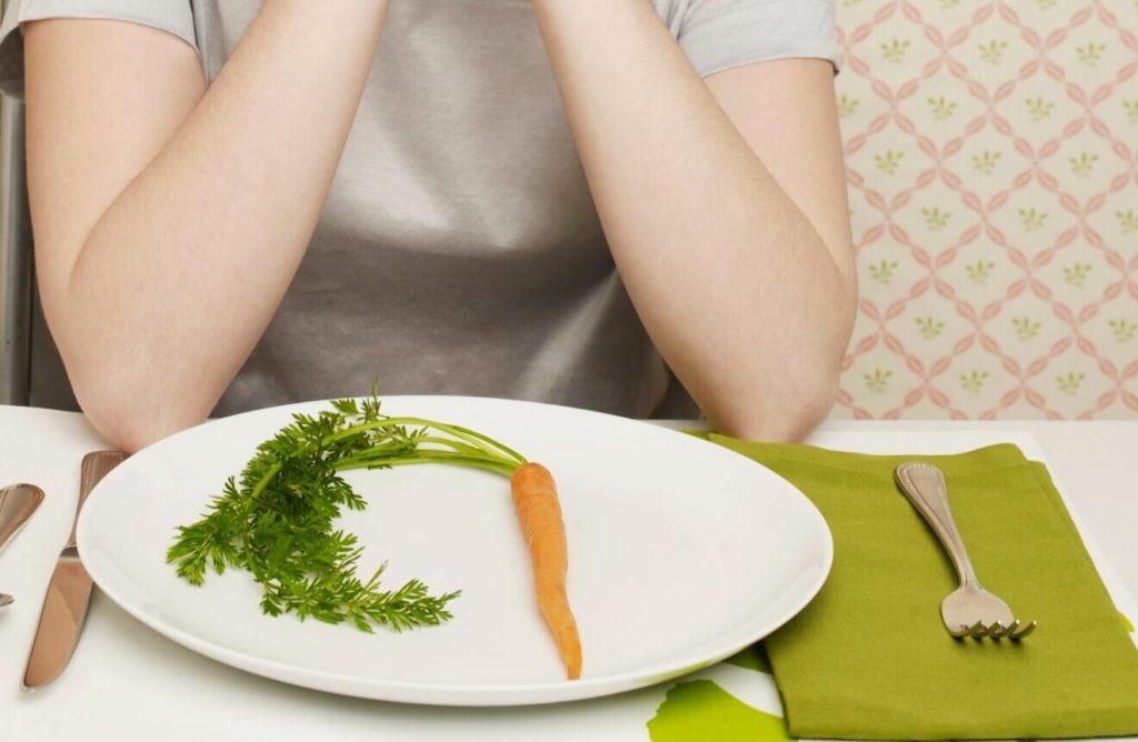 Любые жесткие диеты вредят организму