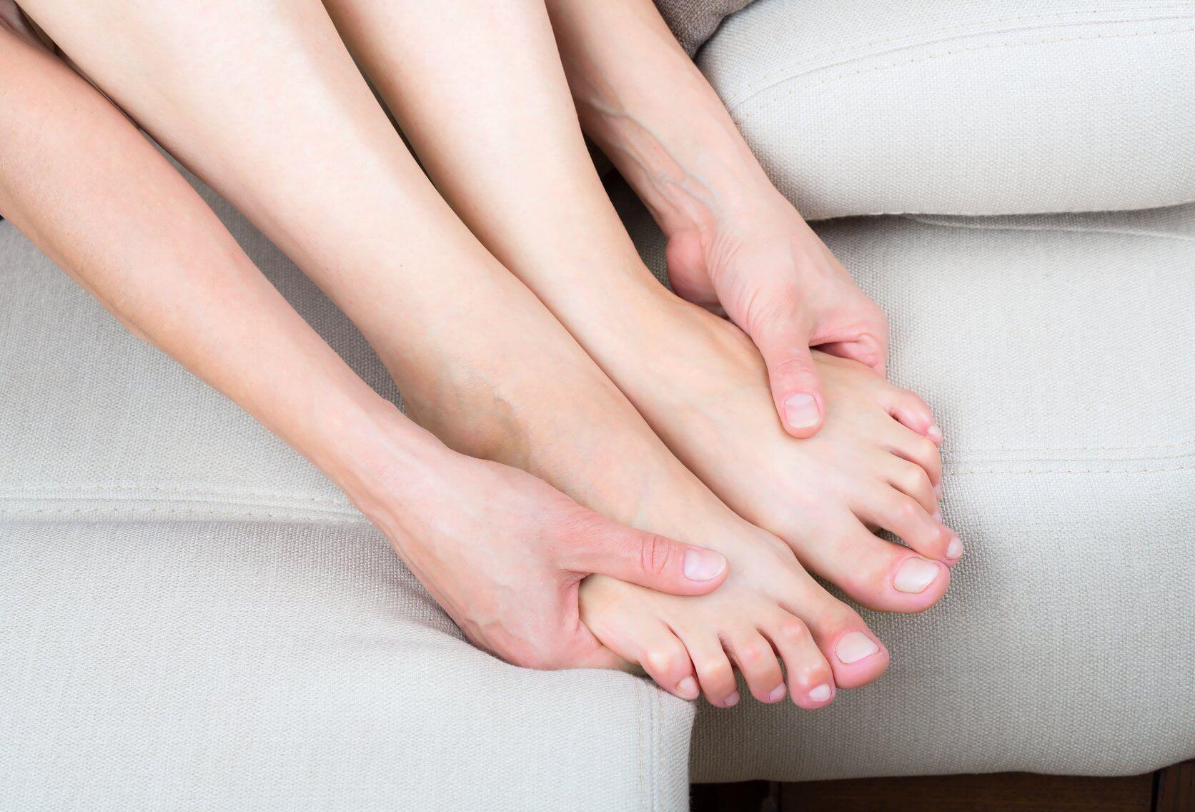 Немеют пальцы на ногах