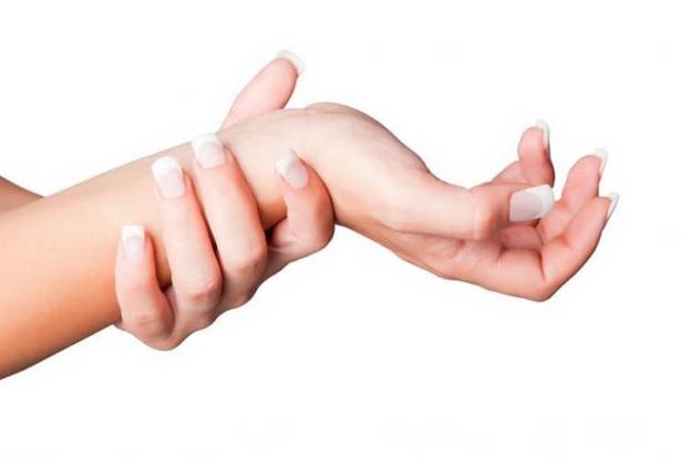 Одной из возможных причин онемения являются заболевания периферической нервной системы
