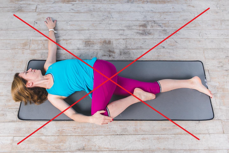 Скручивающие упражнения при грыже запрещены