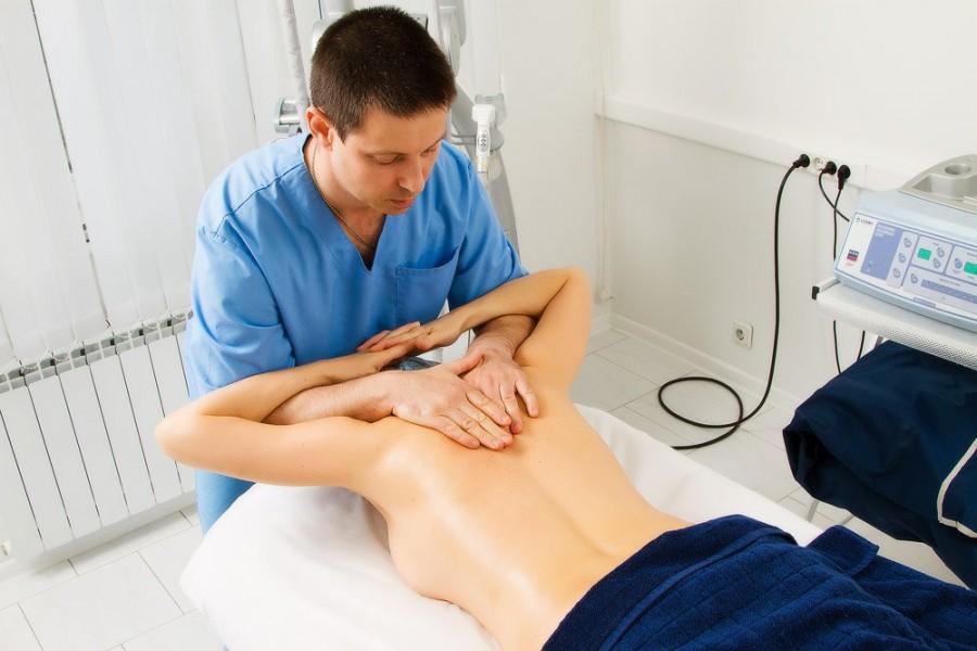 Современная мануальная терапия позвоночника - весьма эффективный метод лечения многих заболеваний опорно-двигательного аппарата