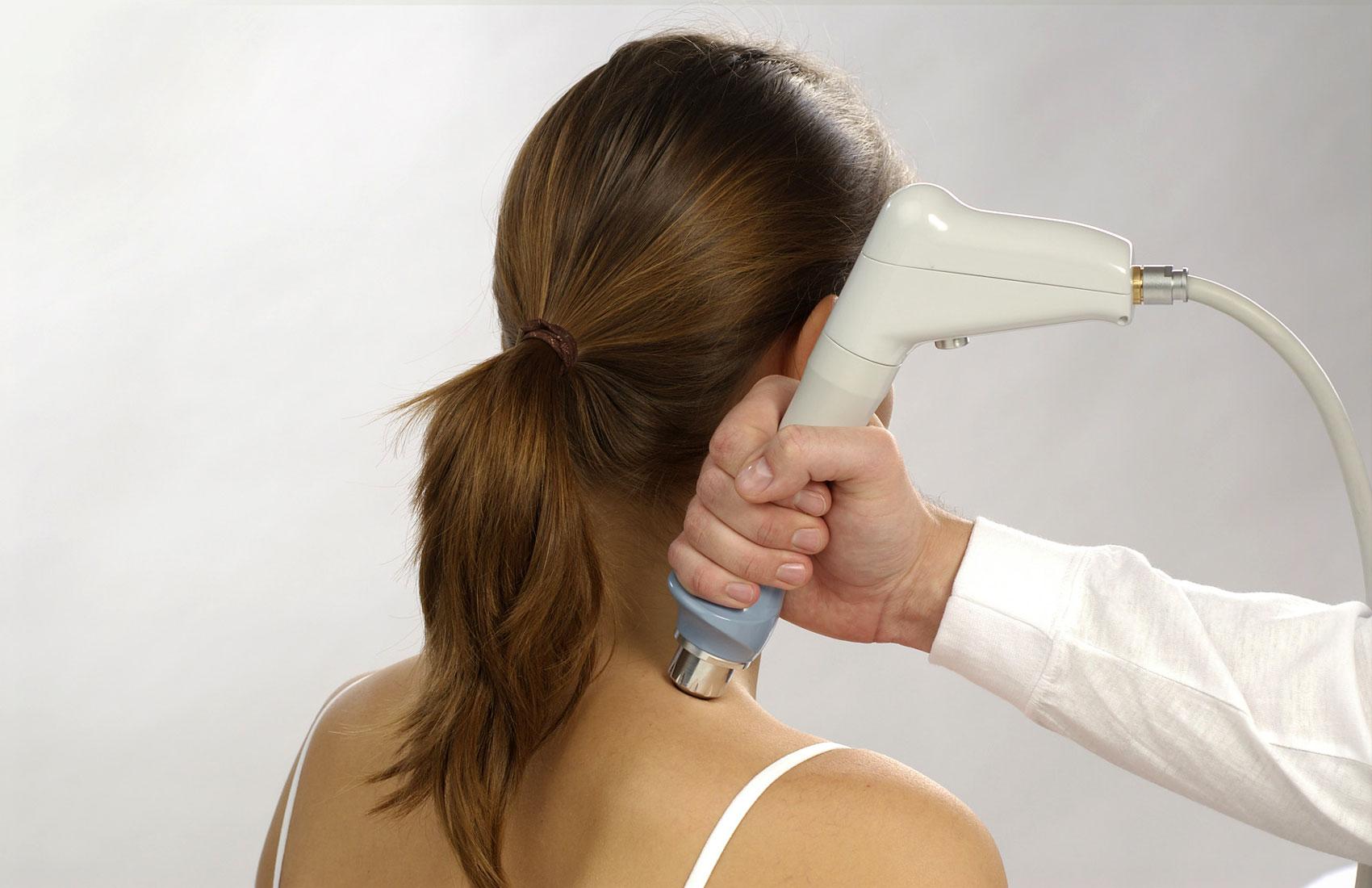 Ультразвуковая терапия (УЗТ) – это ультразвуковые колебания, которые применяются для лечения многих заболеваний