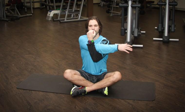 Упражнение от боли в плечевом суставе