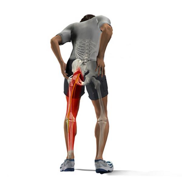 Больному человеку тяжело полноценно двигаться, стоять на носках и пятках
