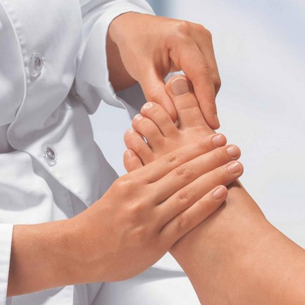 Пораженный сустав могут заменить протезом