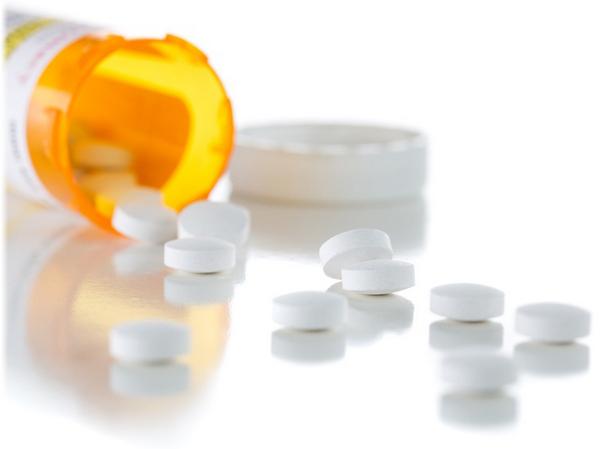 Нужно одновременно принимать только один препарат из группы НПВС