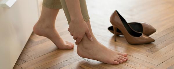 Нельзя носить неудобную обувь – это приведет к серьезным проблемам
