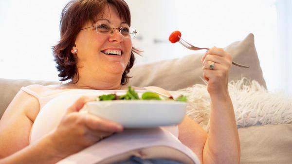 Важно избавиться от лишнего веса – это позволит снизить нагрузку на ноги