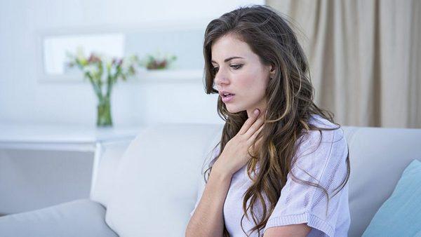 При компрессионном переломе человеку трудно дышать