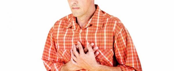 При перикардите человек может дышать лишь поверхностно