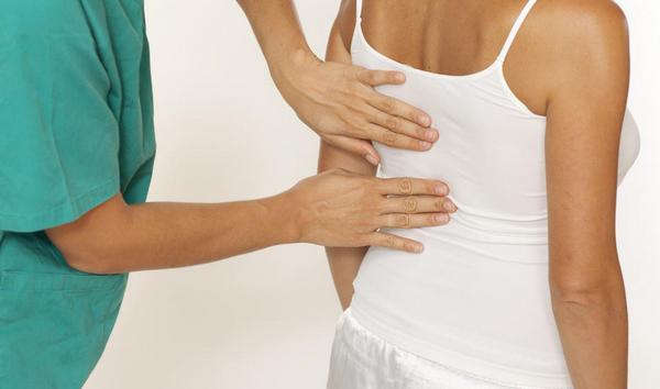 Определить компрессионный перелом грудного отдела не всегда получается сразу