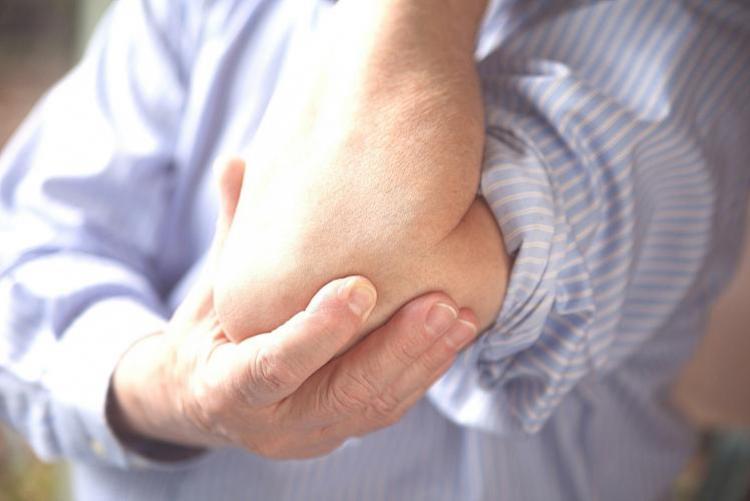 Боль в локте как последствие остеохондроза